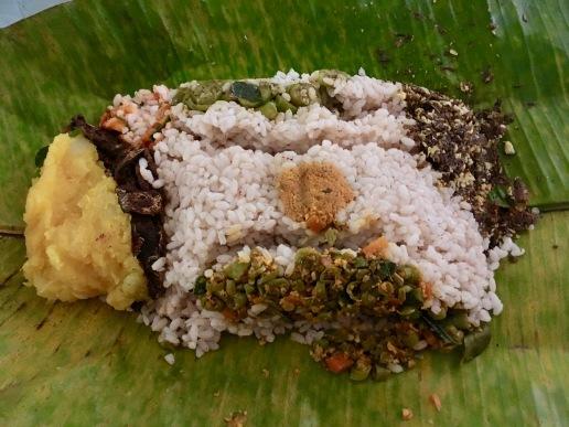 Inside Pothichoru Package