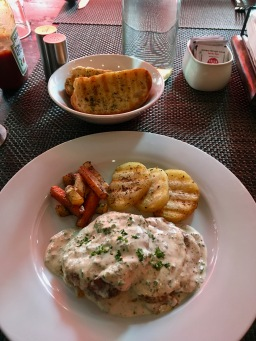 Grilled Chicken in Butter Sauce